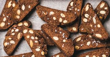 Шоколадно-миндальные бискотти