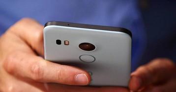 Ваш смартфон постоянно слушает и смотрит в камеру на вас — даже когда выключен