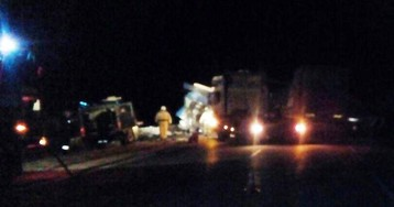 Водители двух грузовиков погибли в жёстком ДТП на омской трассе