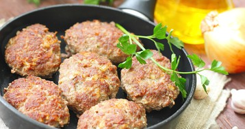 Котлеты с говядиной и овощами