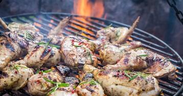 Крылышки-гриль в медовом маринаде – рецепт для пикника!