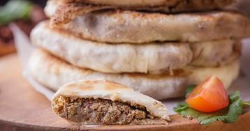 Лобиани – грузинские лепешки с фасолью