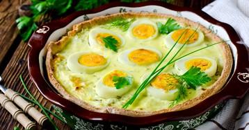 Киш с молодой капустой и яйцами