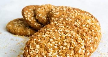 Овсяное печенье на кефире с кужутом
