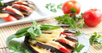 Аппетитные баклажаны, запеченные веером в духовке