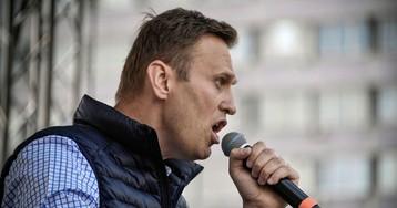 Russia Detains Navalny, Hundreds at 'Tsar' Inauguration Protests