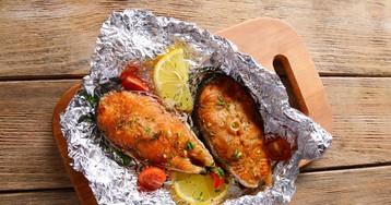 Красная рыба, запеченная в фольге