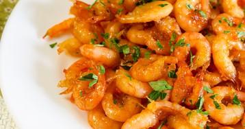 Пикантные креветки в чесночном соусе