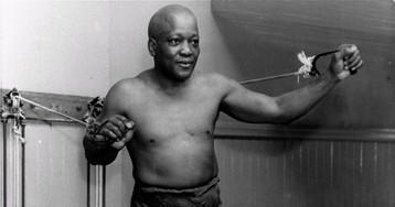 Trump pardons first black U.S. heavyweight champion Jack Johnson