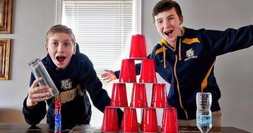 Детство XXI века: три невероятно ловких брата выполняют трюки, которым поражаются все взрослые