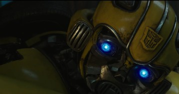 The First Bumblebee Trailer Is a Heartfelt Blast From the Past