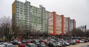 Три границы на билборде: сравниваем спальные районы Австрии, Венгрии и Словакии