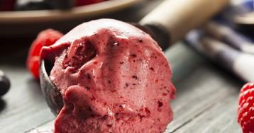 Нежное малиновое мороженое