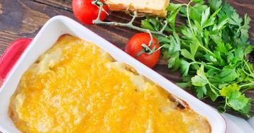 Рыбная запеканка с помидорами под сыром