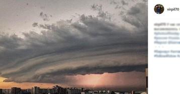 Жуткий ураган накрыл Барнаул: перевернутые фуры, заблудившиеся теплоходы, человеческие жертвы
