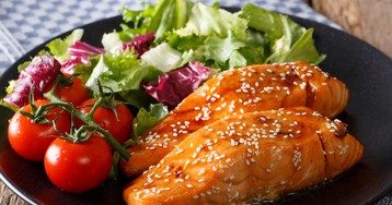 Вкуснейшая красная рыба в медово-соевом соусе
