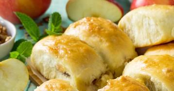Вкуснейшие пирожки с яблоками из творожного теста