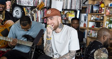 "Mac Miller Performs ""Small Worlds,"" ""What's the Use?"" and ""2009"" on NPR's Tiny Desk Concert"
