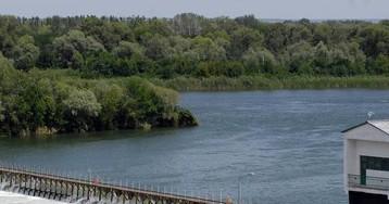 Россиянка выбросила новорожденного сына в реку из-за бедности