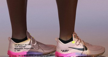 "Nike & Virgil Abloh Unveil Serena Williams' ""QUEEN"" OFF-WHITE Air Max 97"