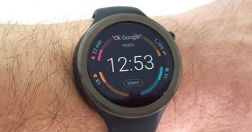Google Coach fitness and health AI assistant for smartwatches tipped