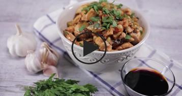 Куриная грудка с яблоками: видео-рецепт