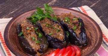 Баклажаны, фаршированные грецкими орехами по-грузински