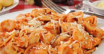 Тортеллини в томатном соусе