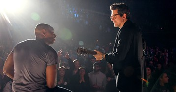 John Mayer on Dave Chappelle: 'He's One of the Greatest Leaders of a Room I've Ever Seen'