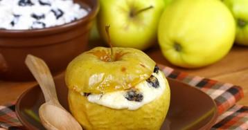 Вкуснейшие яблоки, запеченные с творогом