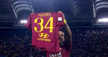 Клюйверт посвятил первый гол за «Рому» Нури, показав футболку с фамилией друга «Стадио Олимпико»