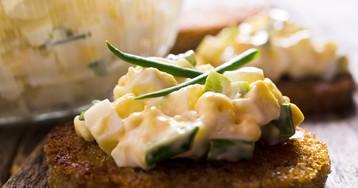 Классический яичный салат