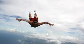 Прыгнуть без парашюта и остаться в живых