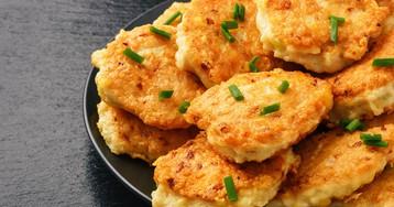 Домашние куриные котлеты с сыром в духовке