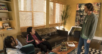 Valee Guest Stars as Himself on ABC Comedy 'Splitting Up Together'