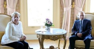 """Меркель пообещала Киеву доходы от транзита газа после """"Северного потока-2"""""""