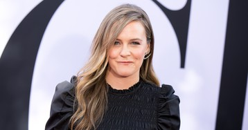 Alicia Silverstone Says Her Son Has Never Gotten Sick for This Reason