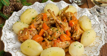Кролик, тушеный с овощами