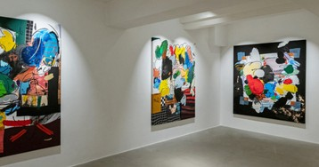 Jonni Cheatwood Dresses Up For The Letdown In His Latest Solo Show