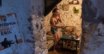 Raw Photos of the Cave People of Granada