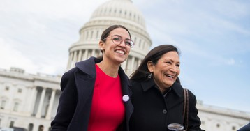 Ocasio-Cortez-backed Green New Deal sees surprising momentum in House