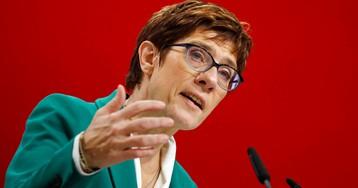 Преемница Меркель пересмотрит отношение к мигрантам и России. Кто она такая?