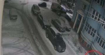 Жестокое избиение женщины рязанскими футболистами попало на видео