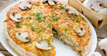 Закусочный вафельный торт с курицей и грибами