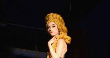 Мода и фэнтези: Алиса, вампиры ирыцари на подиуме