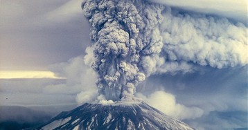 The Photographers Who Braved Mount St. Helens