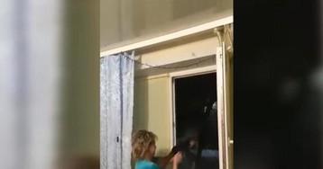 Жительница Донбасса похвалилась видео новогодней стрельбы из окна