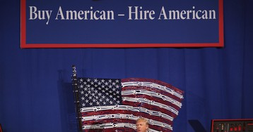 Trump Vows Changes to H1-B Visa Program For Skilled Immigrants