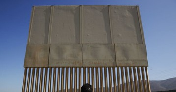 GoFundMe for border wall to return all donations