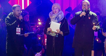 Polish mayor dies after getting stabbed on stage at charity event